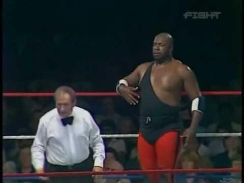 World Of Sport - Mississippi Mauler (Kamala) vs Ray Steele pt.2