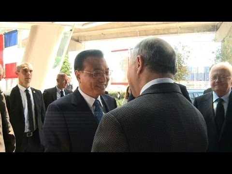 Chinese PM meets with French FM during France visit