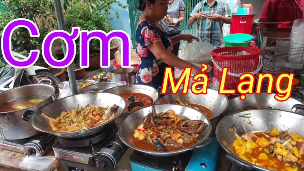 Cơm Ngon bình dân Hẻm Mả Lạng Quận 1 | Alleys of Saigon