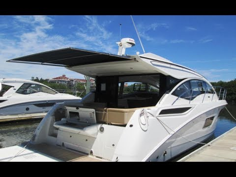 2017 Sea Ray Sundancer 400 Sport Yacht For Sale at MarineMax Clearwater