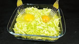 Zucchini and 2 eggs A delicious dinner made from simple, simple products.