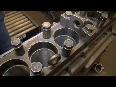 Jasper Engines Transmissions Caterpillar C7 HEUI Torque Plate Honing