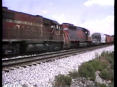 IC 8709 Southbound through Irvington, IL, July 23, 1988