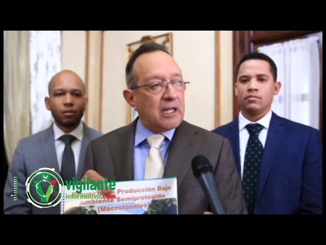 Gobierno construirá invernaderos en Constanza