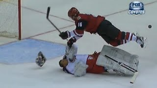 Curtis McElhinney Big Collision with Max Domi
