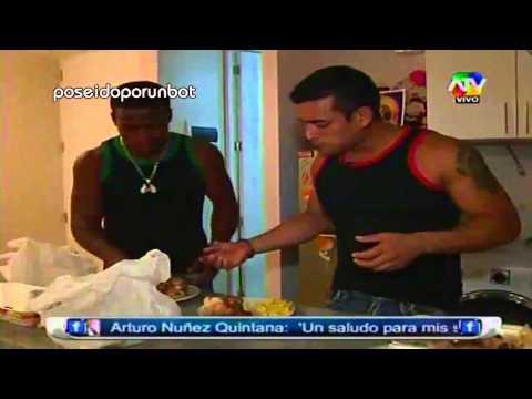 COMBATE: Christian Y La Pantera Son ESPOSADOS Por Una Noche TERCERA PARTE 17/01/13