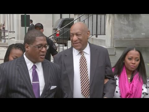 Bill Cosby Arrives To Courthouse For Sex Assault Trial