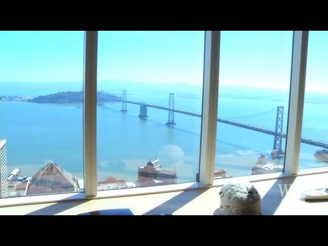 Tom Perkin's Luxury Penthouse With Scenic View