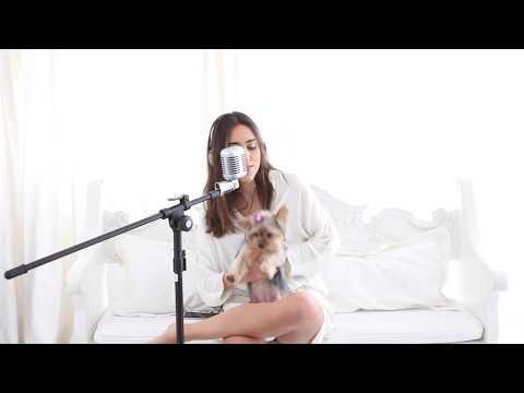 Gabriela Lobo . bizarre love triangle - new order - frente! version {cover}