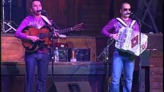 Grupo Disturbio-popurri texano conjunto