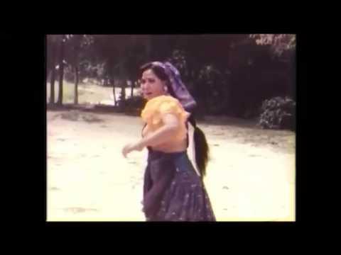 Mero Koth Harayeo Mero Paint Harayeo Comedy Dance .... Nepali Movie Sita Songs