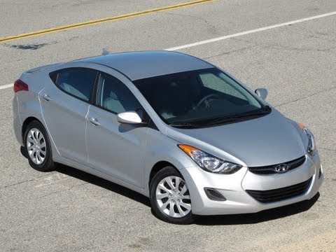 2011 Hyundai Elantra Review, Walk Around, Start Up & Rev, Test Drive