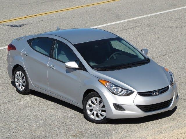 2011 Hyundai Elantra Review, Walk Around, Start Up U0026 Rev, Test Drive