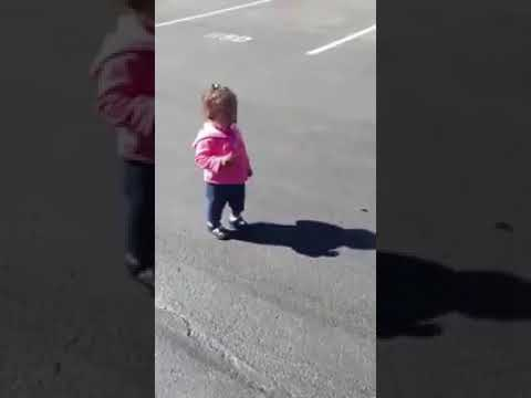 Scary Shadow: She can't Escape