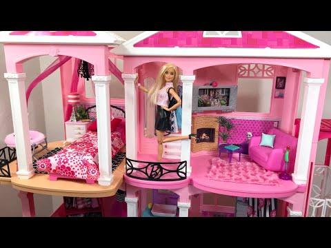 Barbie DreamHouse! Work Day! Haircut!