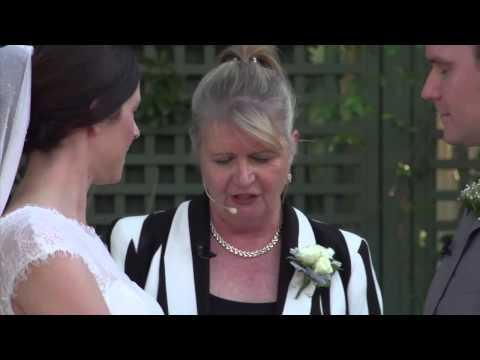 Gold Coast Marriage Celebrant 0415 383 092