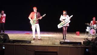 Скачать Концерт группы Божья коровка в Бобруйске 26 06 2018г