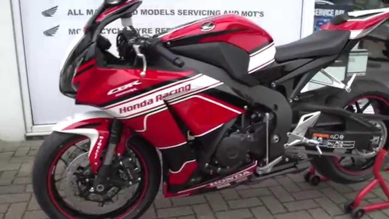 Honda Cbr1000rr Fireblade Bsb Replica Youtube