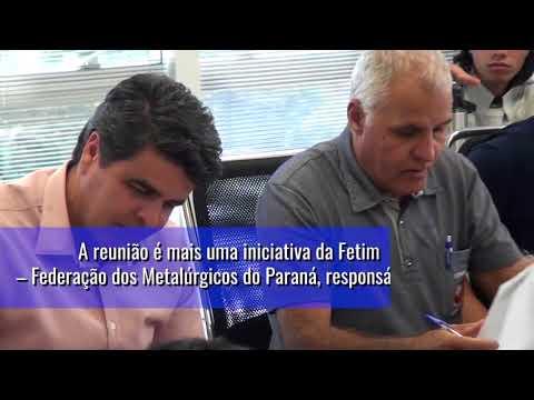 Em Curitiba, Metalúrgicos do Paraná se reuniram nesta segunda-feira (14)