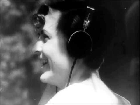 Dziga Vertov  : Radio-Ear / Radio-Pravda