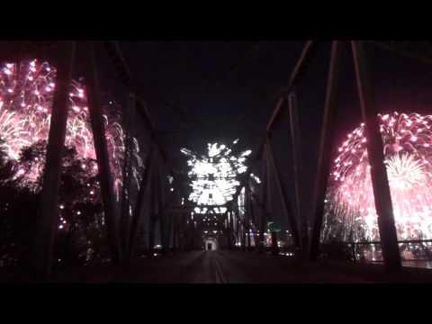 Thunder Over Louisville Fireworks 2017 (Bridge View)