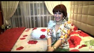 Download Video Roro Fitria 'Buka-bukaan' di Kamar Tidur MP3 3GP MP4