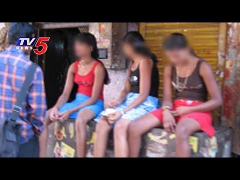 Hitech Prostitution In Yadagirigutta | Police Arrested : TV5 News