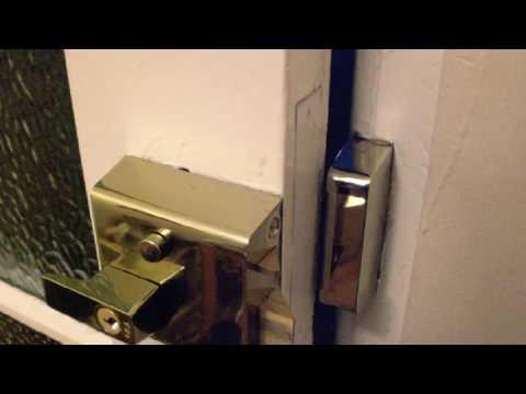 24 hour Locksmith Service near me in Ascot 📞 01184492441 SL 5 Postcode