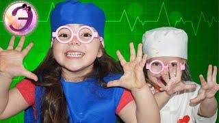 Играем в ДОКТОРА и ДЕЛАЕМ УКОЛ Папа ЗАБОЛЕЛ !!! Видео для детей