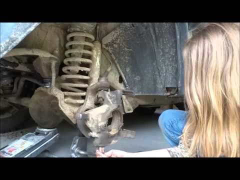 Jeep Cherokee Ball Joint Replacement- By a Girl!
