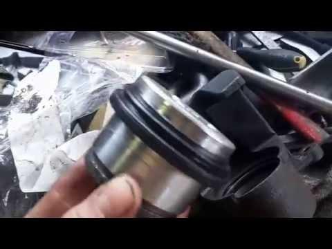 Переборка ремонт тормозного супорта Toyota RAV 4 2005 2 поколение. Ремкомплект.