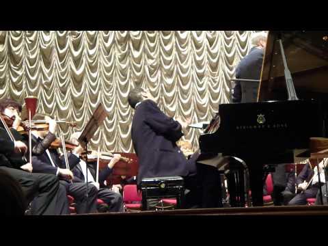 Alexander Paley plays Tchaikovsky's 1st Concerto