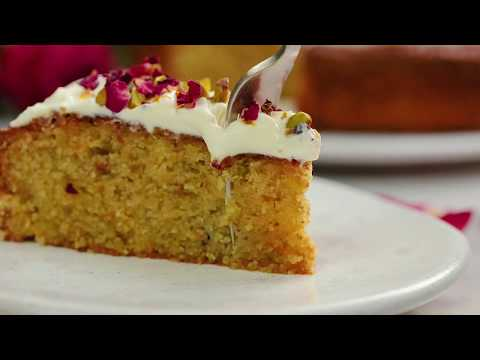 recette-de-gâteau-à-l'eau-de-rose-et-aux-pistaches