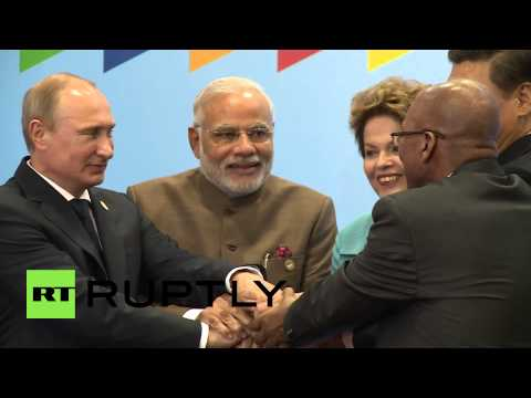 Brazil: BRICS leaders join hands for photo shoot