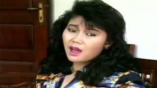 Download Garis Tangan / Ayu Arisma