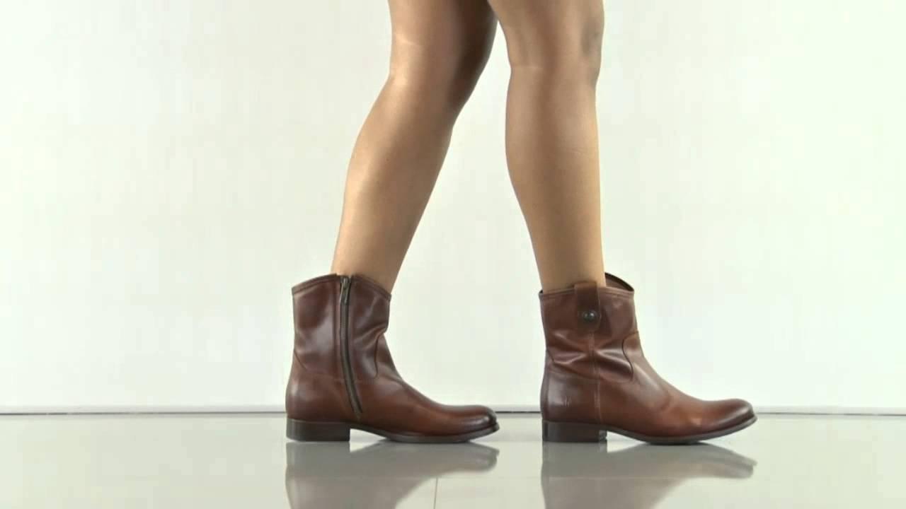 Melissa Button Short Block Heel Booties 3QnlADkrU