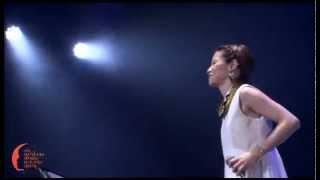 2013年7月に行われたFC会員向けライブ第2公演より.