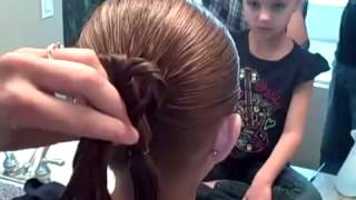 Three Leaf Clover   St  Patrick's Day   Cute Girls Hairstyles