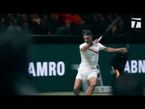 Unstrung - Roger Federer Returns to World No.1