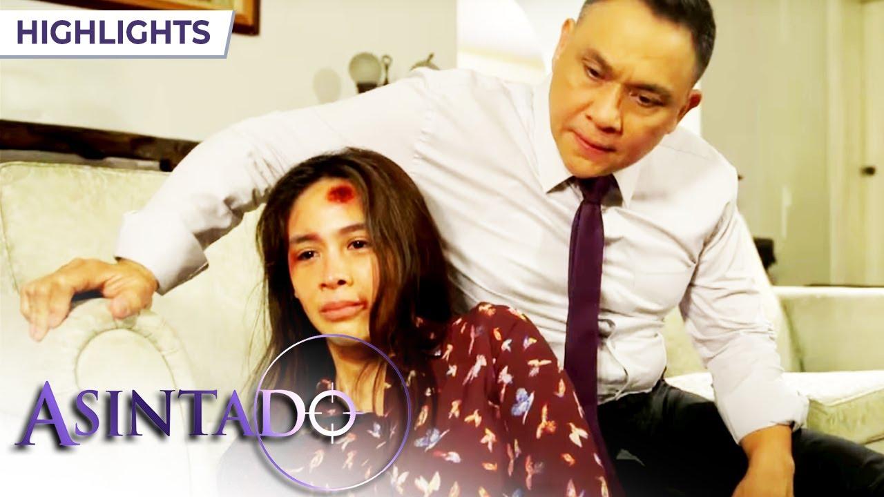Download Salvador threatens Mona's family | Asintado