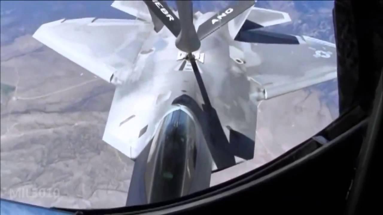 Download Истребители F 22 Раптор дозаправка в воздухе   F 22 Raptor refueling