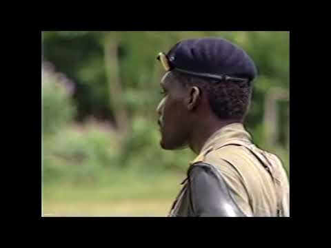 Remie Burke verzorgt Militaire Opleiding Nw Aurora 1988