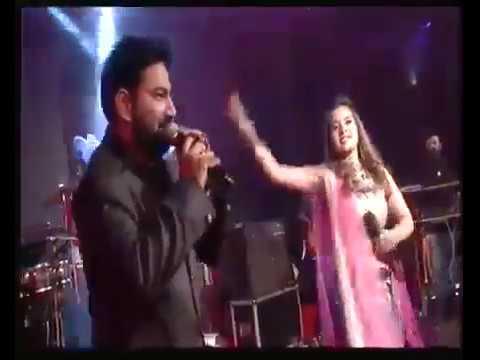 Kon Halave Limdi By Aishwarya Majmudar & Himanshu Barot || Ofira Navtari 2017 || Surat