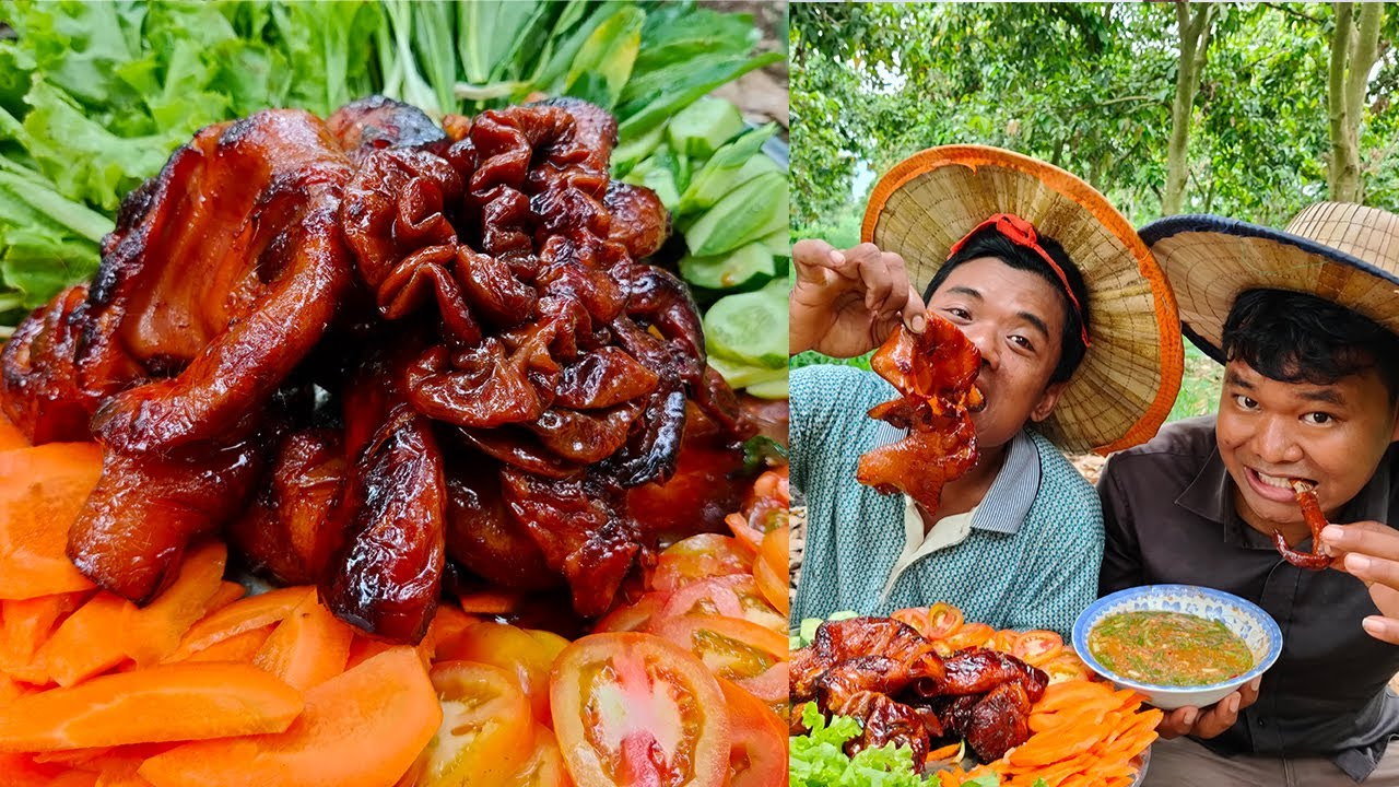 Cooking Pig Ear Tongue and Intestine Recipe - Yummy Phak Lov Food with Lifestyle Cooking Foods