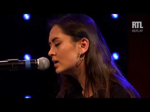 Jasmine Thompson - Mad World (LIVE) Le Grand Studio RTL
