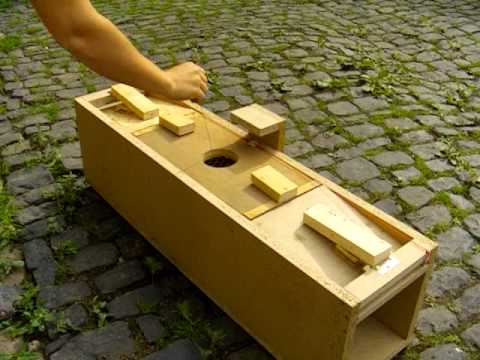 self made marten trap selbstgebaute marderfalle diy youtube. Black Bedroom Furniture Sets. Home Design Ideas