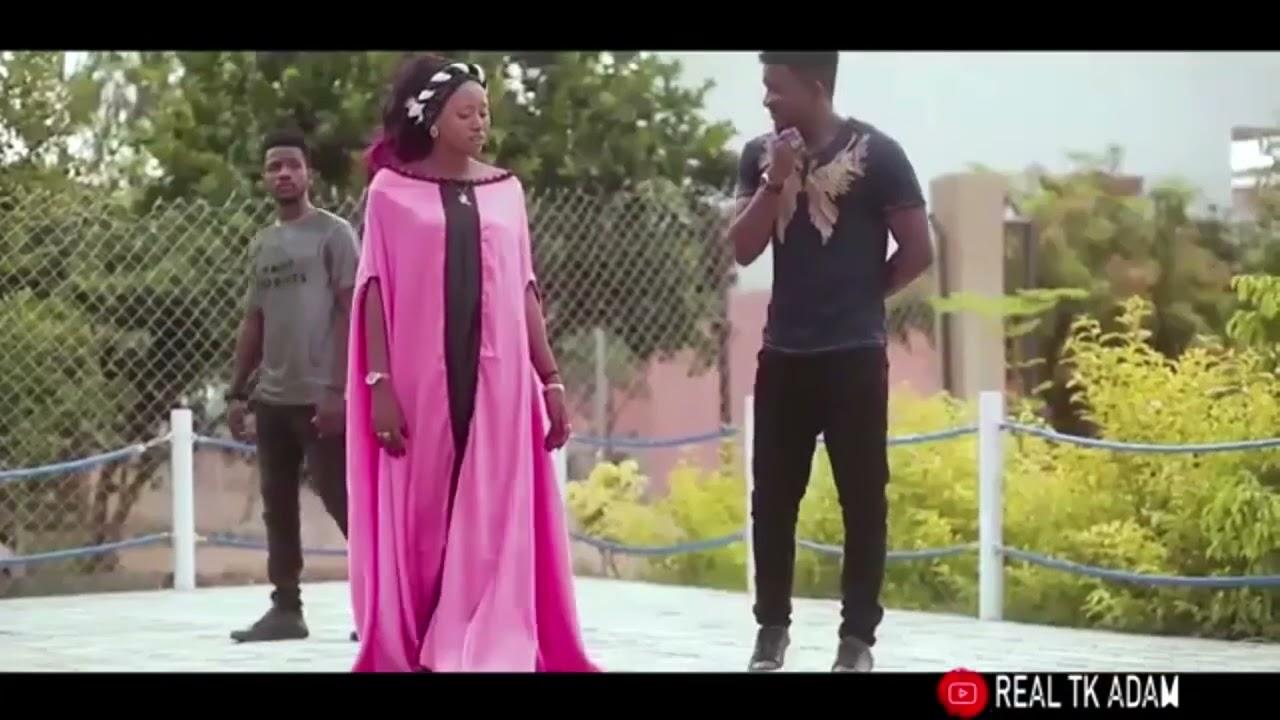 Download Kalli sabuwar wakar Hamisu breaker ft Tk adam ft momee gombe latest video
