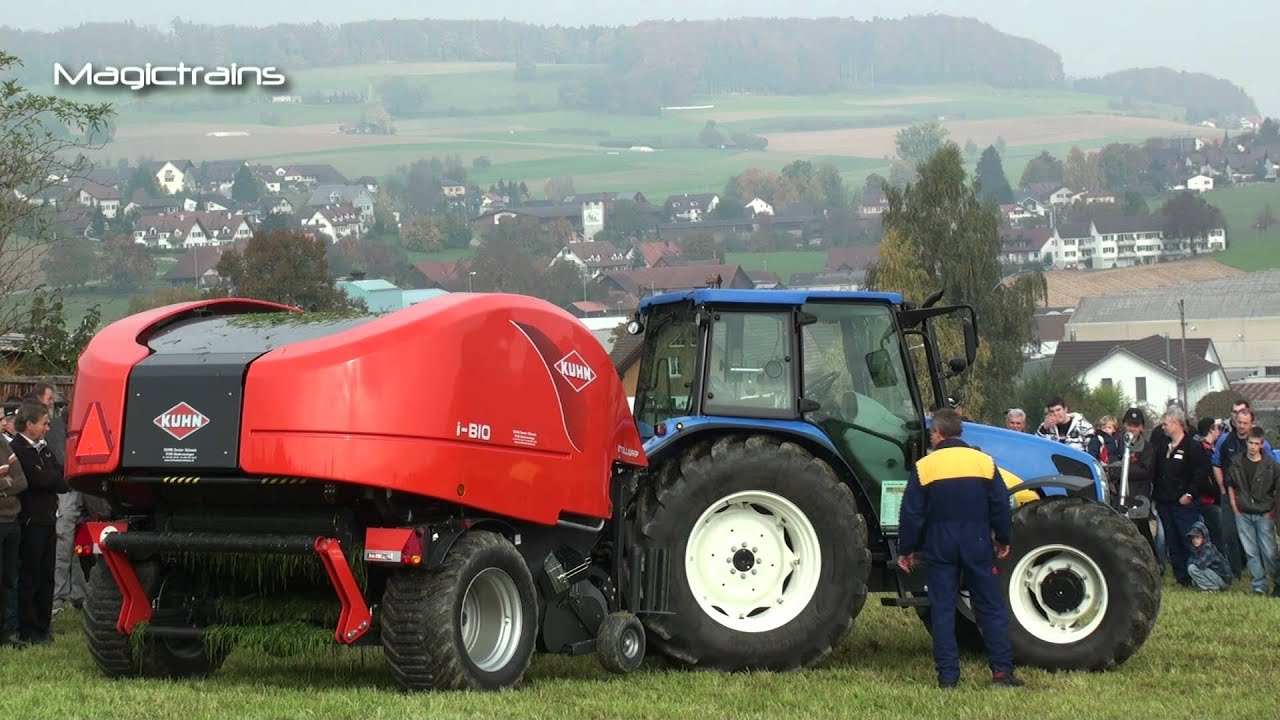 landmaschinenshow traktor new holland t 5070 und kuhn. Black Bedroom Furniture Sets. Home Design Ideas