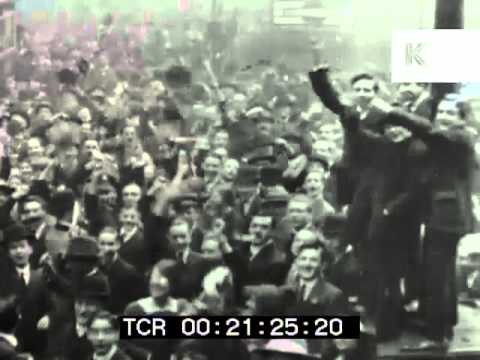 People celebrate the end of WWI, Armistice Day, 1918 London - YouTube