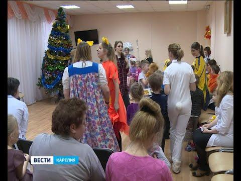 В Петрозаводске устроили ёлку для пациентов Детской больницы